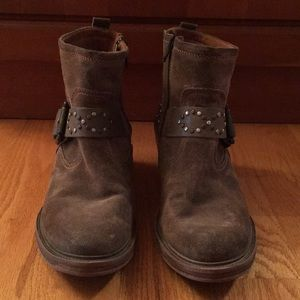 Josef Seibel brown suede ankle boot# Size 9